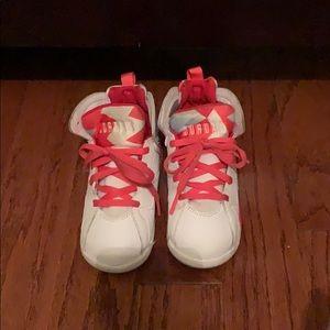 Jordan Girls Retro 7